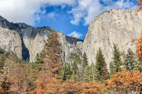 Autumn views from Yosemite Valley