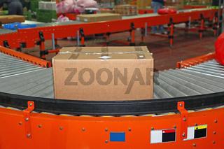 Box at Conveyor