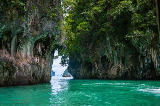 Boat between the islands, Krabi