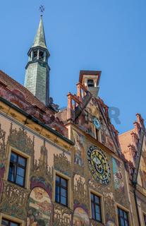 Ulmer Rathaus mit astronomischer Uhr