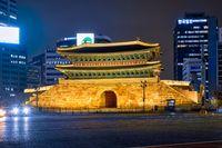 Namdaemun Gate Sungnyemun with city traffic, Seoul, South Korea