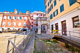 Arco di Riccardo colorful square in Trieste street view