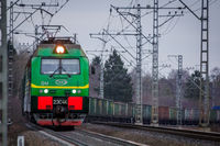 Locomotive rides outside the city. Shipping. Russian railway. Railway in the fall. Locomotive rides in the fall. . Russia Leningrad Oblast, Troopskovitsy Station on November 23, 2018
