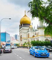 Singapore street Masjid Sultan Mosque