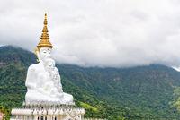 Buddha statue at Wat Pha Sorn Kaew