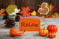 Label With Autumn Decoration, English Text Relax