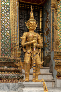 Guardian at Temple of the Emerald Buddha
