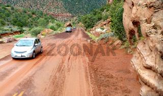 Der Zion-Mt. Carmel Highway nach einem Unwetter