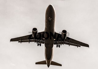 Airplane, Aircraft bottom, flying, take-off, landing