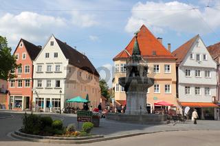 Altstadt mit Kriegerbrunnen