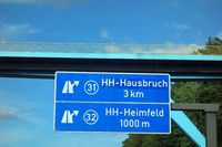 highway sign hamburg-hausbruch, hamburg-heimfeld, 31, 32