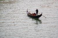 Gondel auf den Canal Grande in Venedig, Italien
