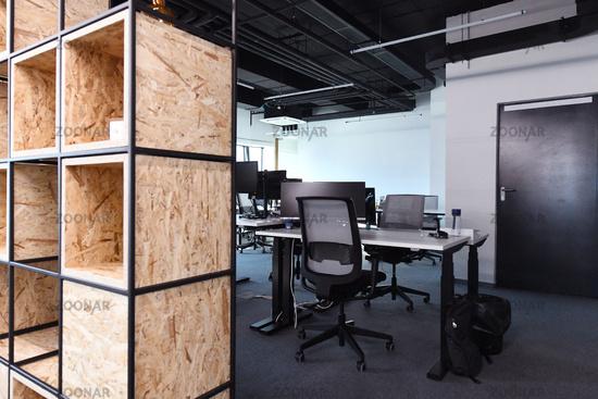 office modern symph scc085.JPG