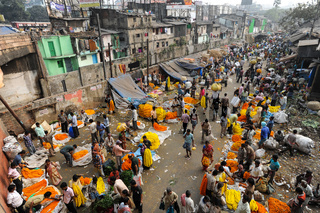 Kolkata, Indien, Blick auf den Blumenmarkt am Mullick Ghat