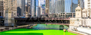 Chicago Dyeing river