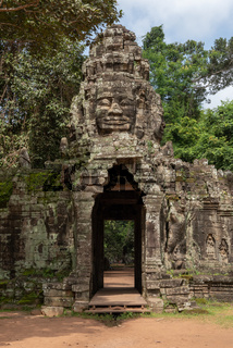 Banteay Kdei entrance showing face of Buddha