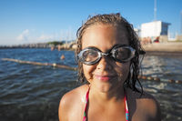Swimming glasses