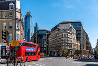 Street scene in the financial district of the City of London