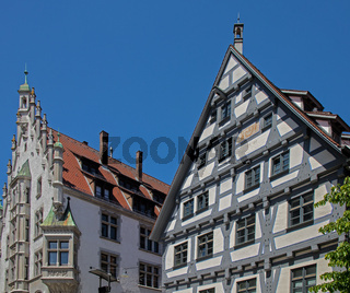 Ulmer Wohn- und Geschäftshäuser bei der Hafengasse am Münsterplatz