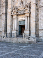 Main entrance and steps to the Porto Cathedral