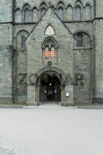 Nordportal des Nidaros Doms in Trondheim