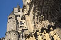 Trier - Türme des Trierer Doms und Portal der Liebfrauenkirche, Deutschland