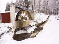 Water wheel for power generation