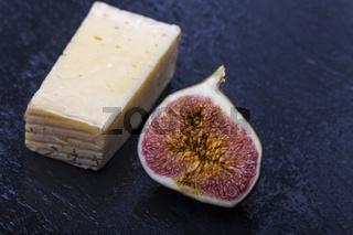 Feige mit Käse