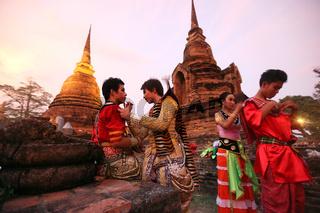 ASIA THAILAND SUKHOTHAI TEMPLE WAT SA SI TRADITION