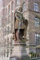 Count Adolf III. to Schauenburg, Stormarn and Holstein Statue on the Trostbrücke