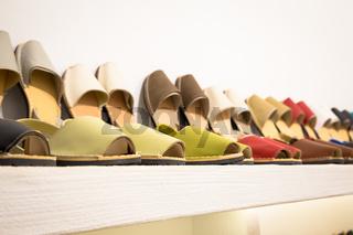 Shopping for Avarca (Menorca sandals)