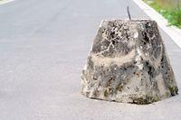 Concrete block road barrier