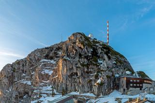 Gebaeude auf dem Gipfel des Wendelstein
