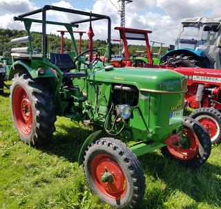 Bumbesje, Traktoren, Oldtimer