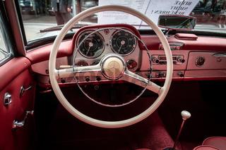 Interior of sports cars Mercedes-Benz 190SL, 1958.