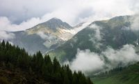 Cloudy day at the mountains