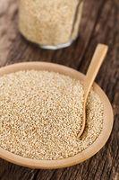 Raw White Quinoa Seeds