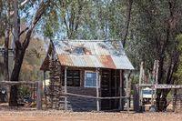 Australian Gem Fields Lifestyle