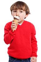 Junge Kind Eis schlecken essen Sommer Hochformat isoliert Freisteller freigestellt