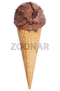 Schokoladeneis Eis in der Waffel Kugel Schokolade Schoko Sommer isoliert Freisteller freigestellt