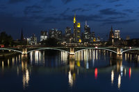 Skyline FFM, aufgenommen von der Flößerbrücke
