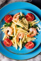 strozzapreti pasta with spinach and shrimp
