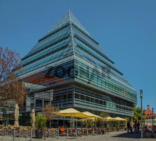 Glaspyramide Stadtbibliothek Ulm