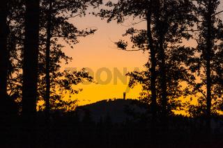 Der Wurmberg im Harz im Sonnenuntergang