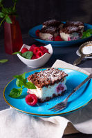 cheesecake with raspberries mascarpone and chocolate