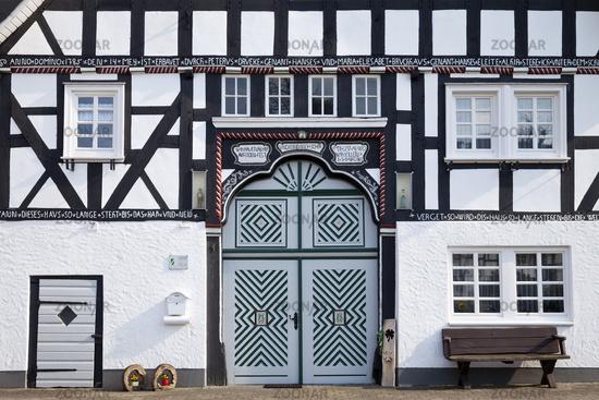 timber-framed house Hardenacke, Kirchveischede, Lennestadt, Sauerland, Germany, Europe