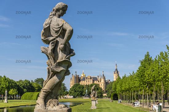 sculpture, palace gardens, Schwerin castle, Schwerin, Mecklenburg-Western Pomerania, Germany, Europe