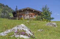 Grabenberg hut in Mangfall mountains