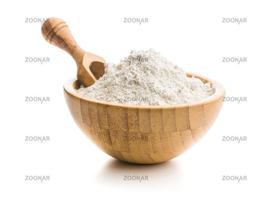 Whole grain wheat flour in bowl