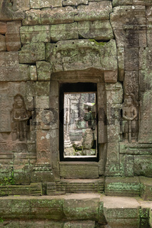 Decorated entrance and bas-reliefs at Ta Som